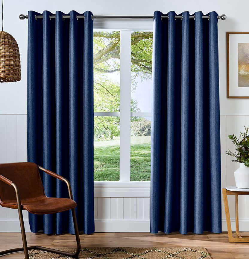 Curtains on rod