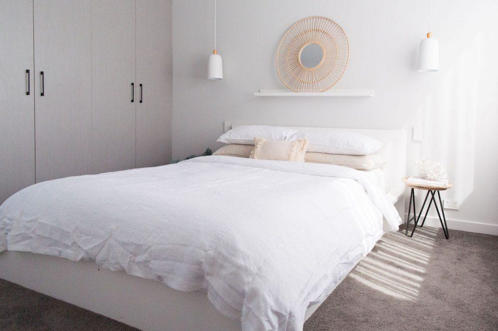 Coastal bedroom landscape