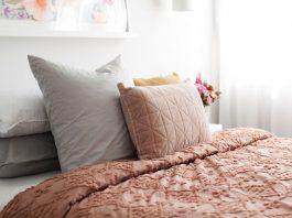 Romantic autumn cushions