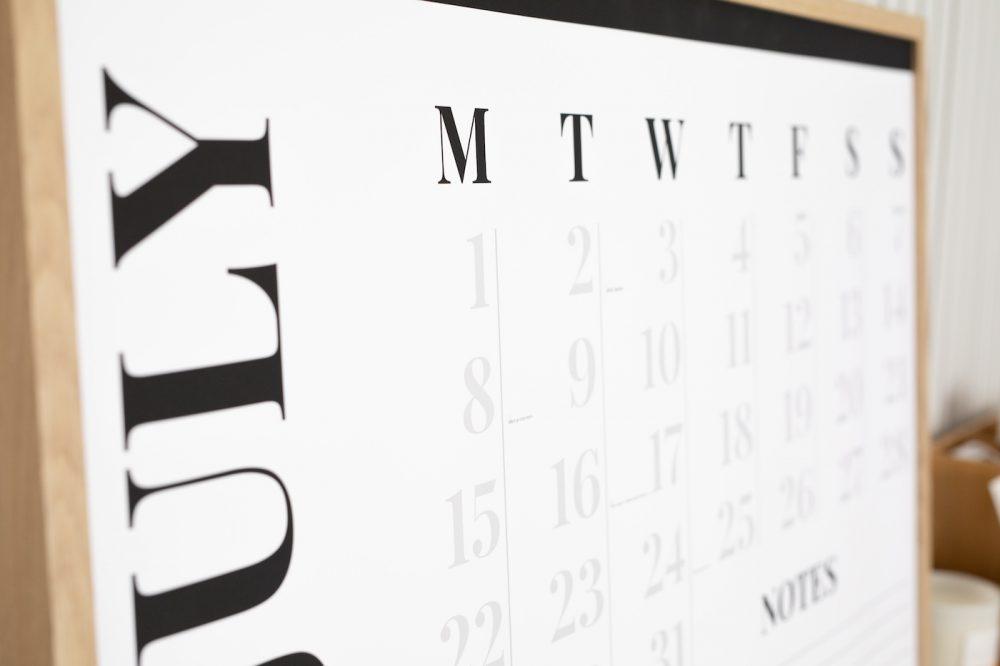 Calendar days of week