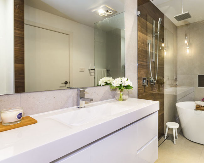 Woodgrain and white bathroom