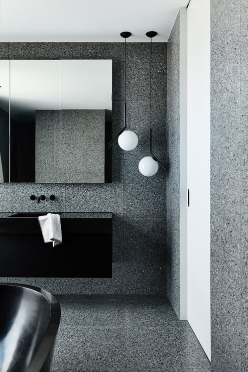 Grey bathroom with speckled tile_Biasol