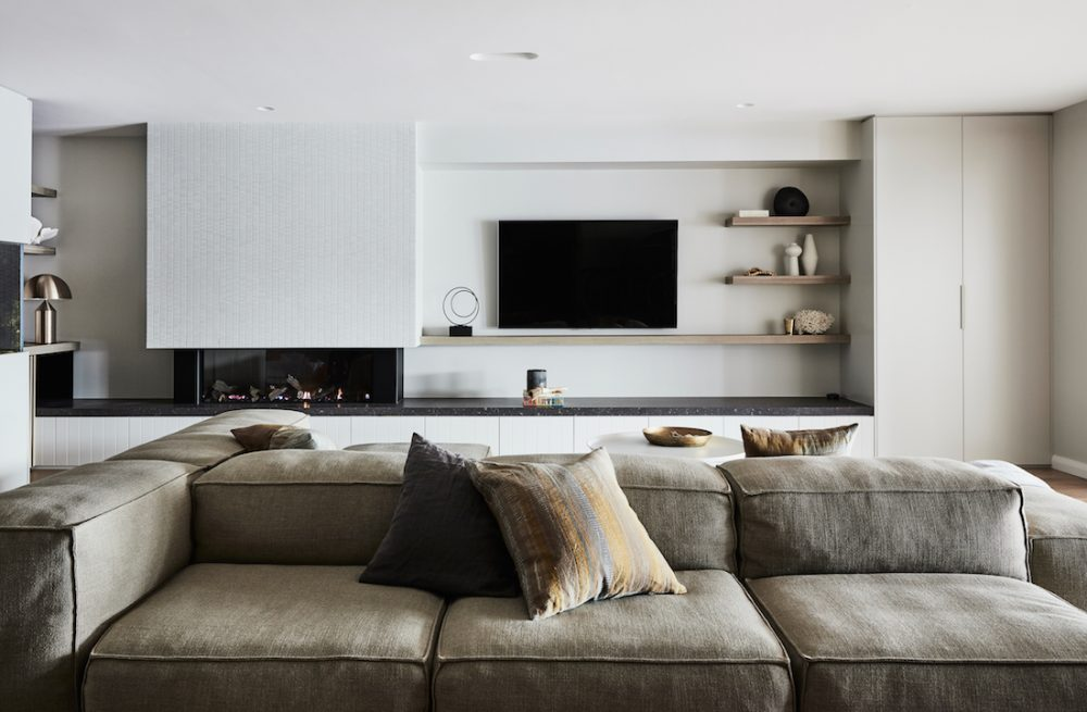 Large sofa in cosy living room_styled by Oliver Myles