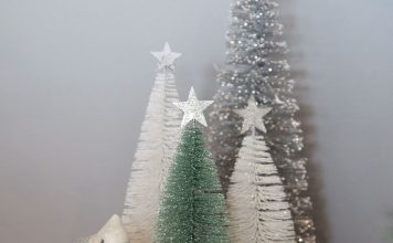 Silver and mint Christmas decor from Christmas Cart