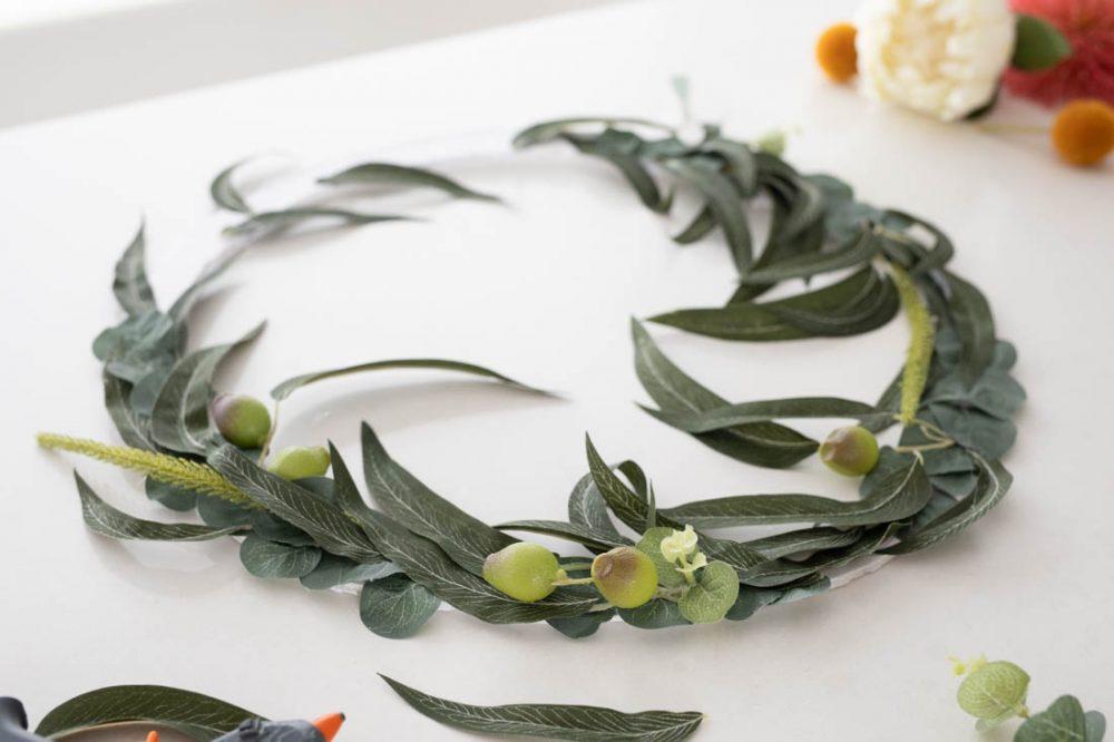 Continue working around the wreath
