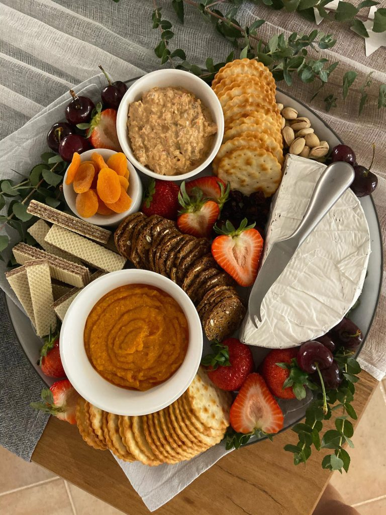 Sweet and savoury grazing plate