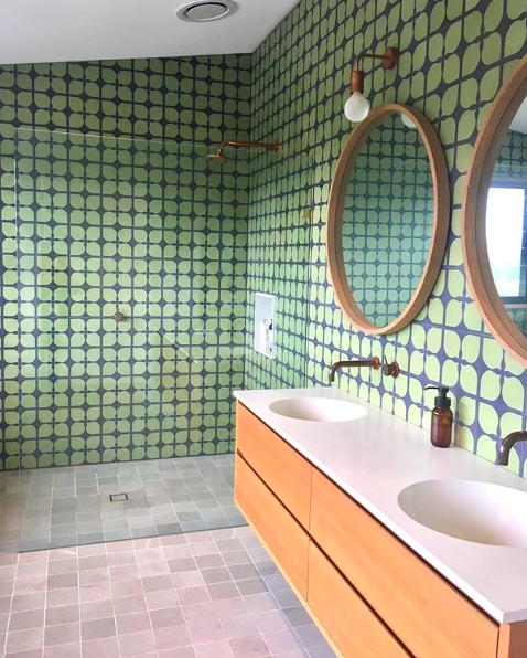 Green retro tile