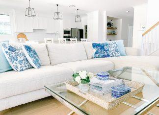 Hamptons home_living room