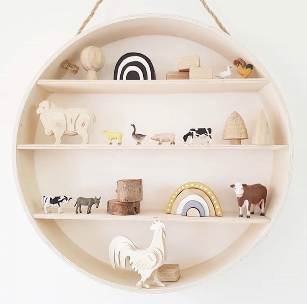 Round shelf for nursery