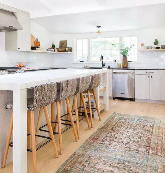 Simplistic boho kitchen