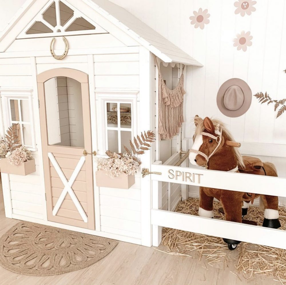 Stable Kmart hack cubby