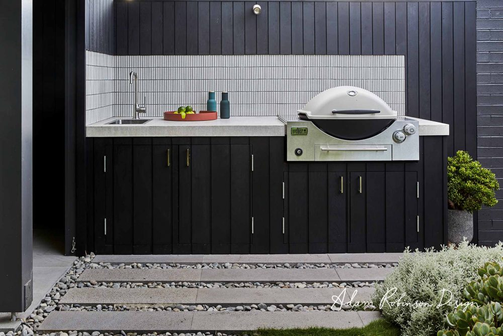 Black and white alfresco kitchen