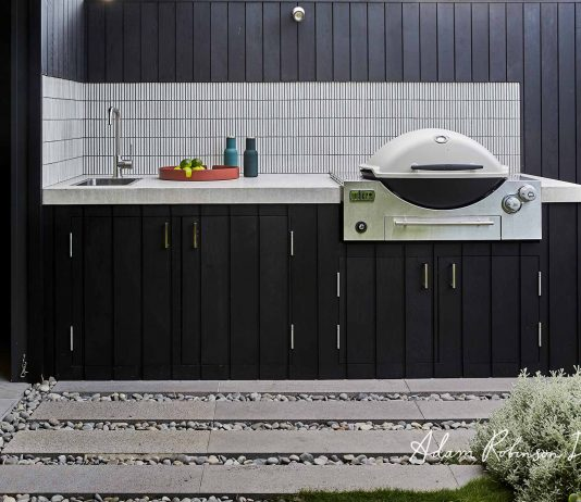 Black and white outdoor kitchen