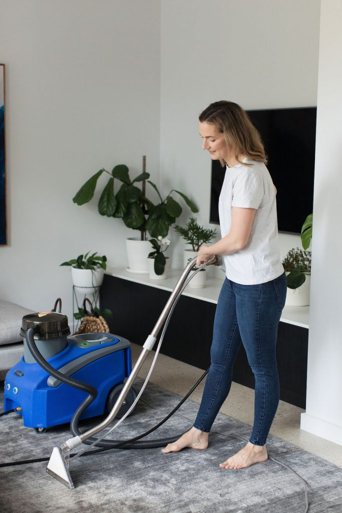 Cleaning rug