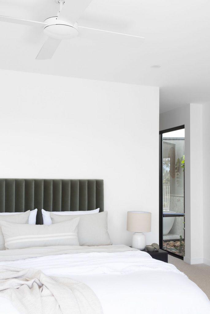 DivineAmaroo_bedroom