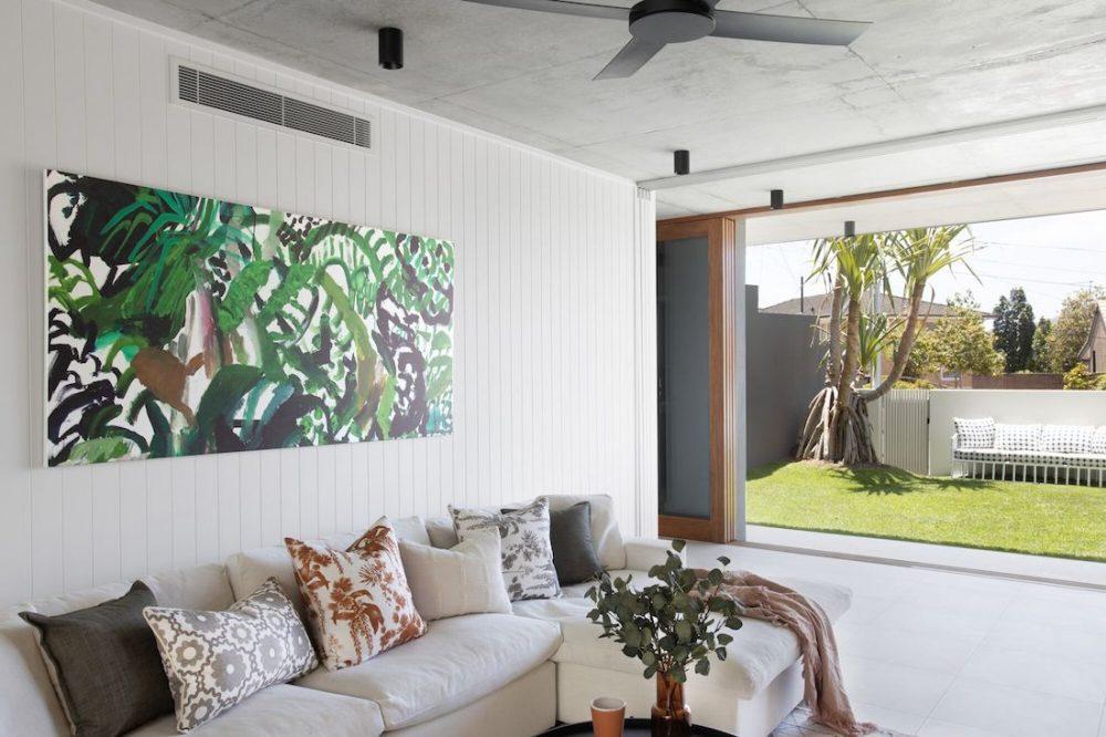 DivineAmaroo_casual lounge