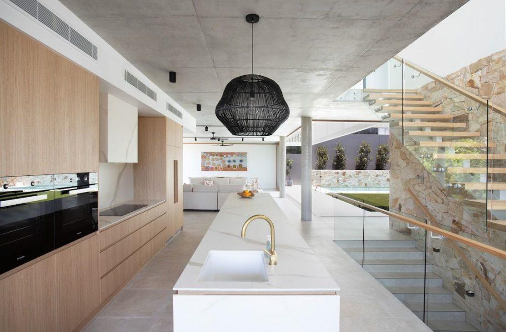 DivineAmaroo_kitchen