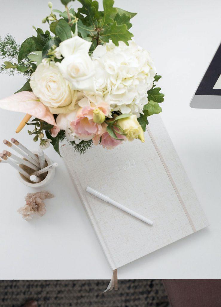 2021 desk diary