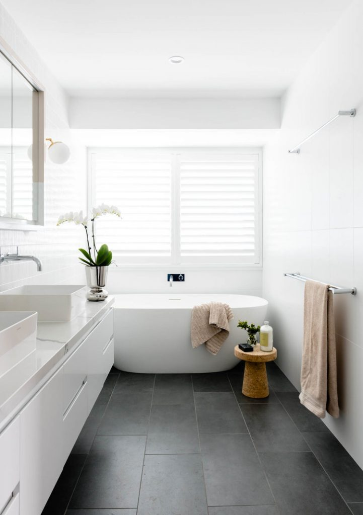 Ensuite bath_Newmarket House_Berkeley Interiors