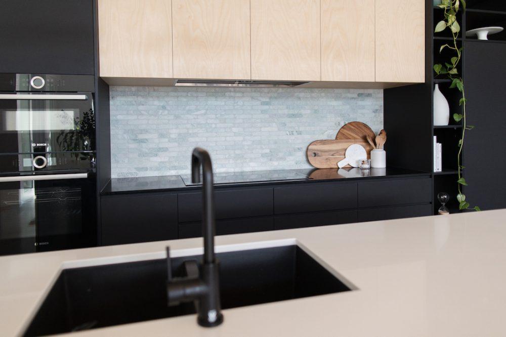 Marble splashback tile