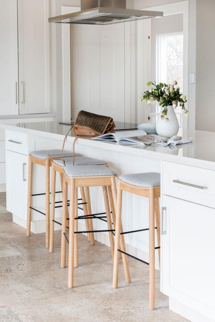 Berkley Interiors_Swanbourne_kitchen bench