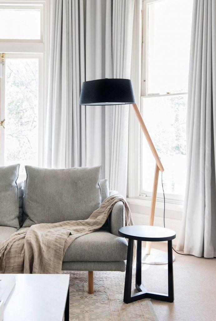Berkley Interiors_Swanbourne_lounge room with lamp