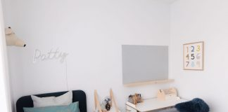 Oversized pinboard and shelf