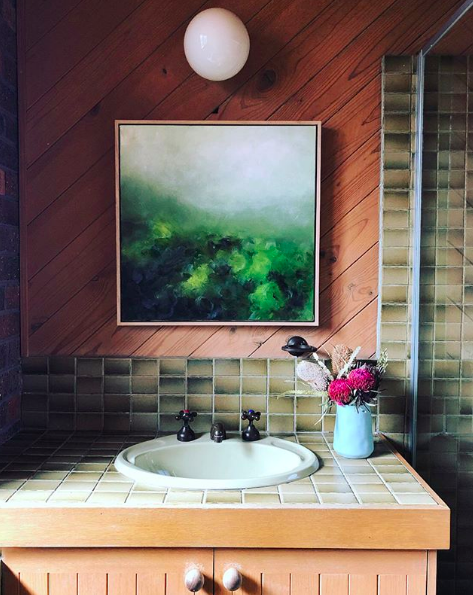 The Colour Tribe_80s home_bathroom no mirror