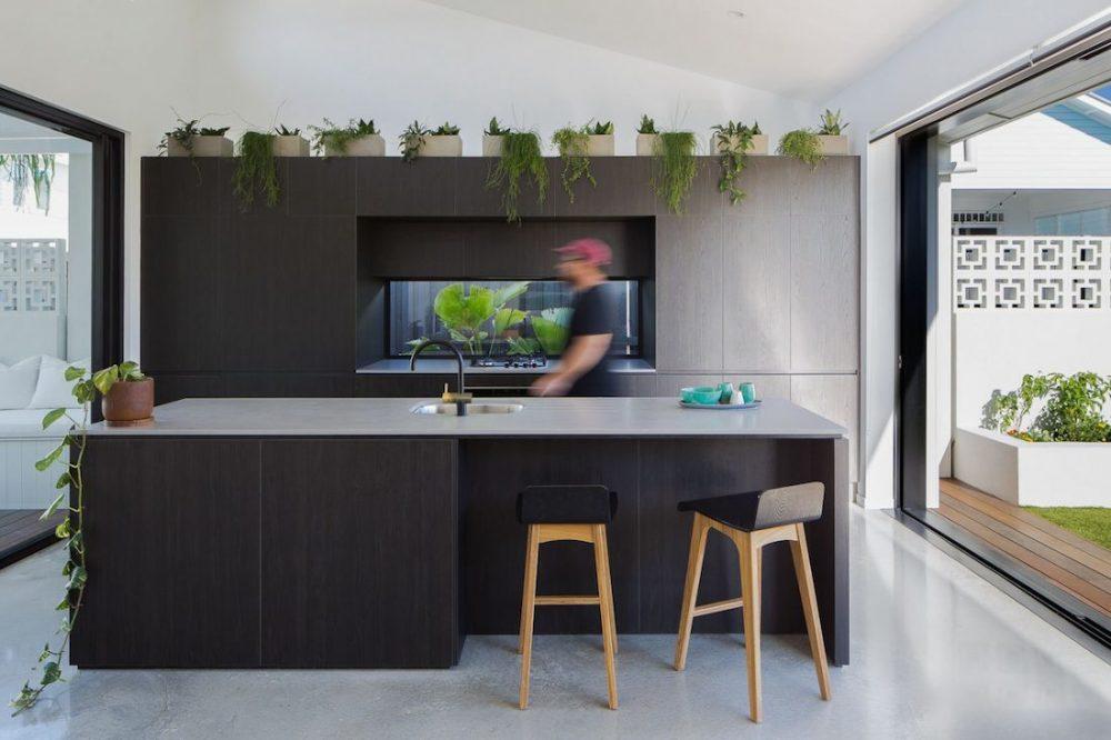 SuncatcherHouse_CreateArchitecture_kitchen and outdoors