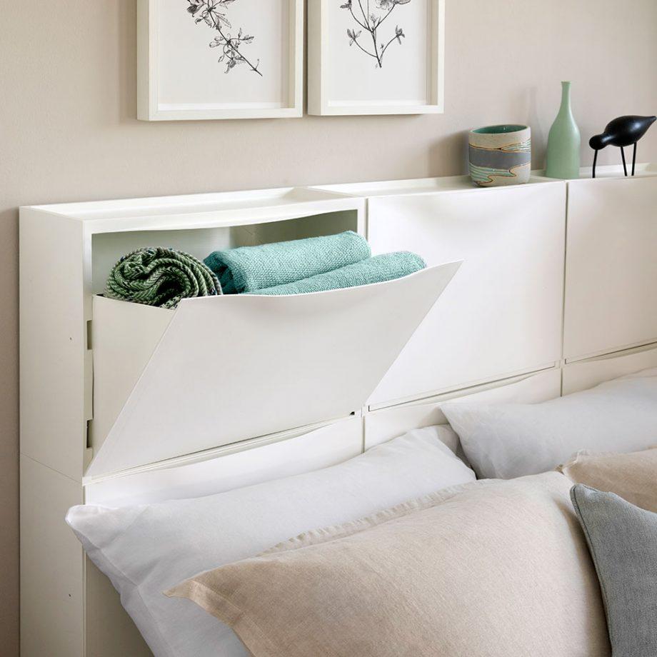 headboard-storage-Ideal home-Simon Whitmore