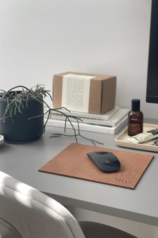 Leather mouse mat_Atley.co Australian made products
