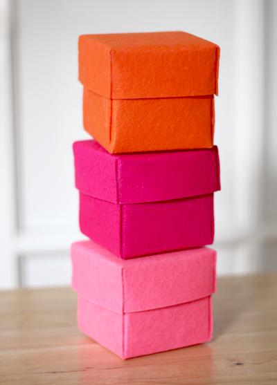 Felt trinket box DIY project