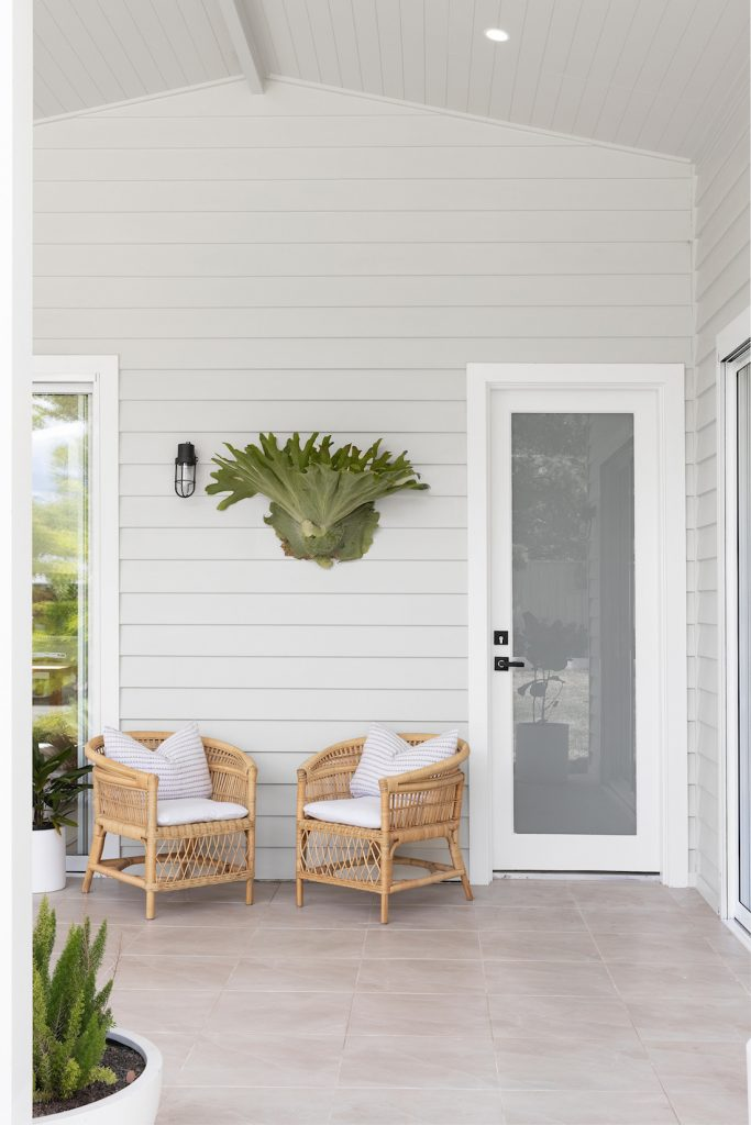 Entryway with staghorn plant