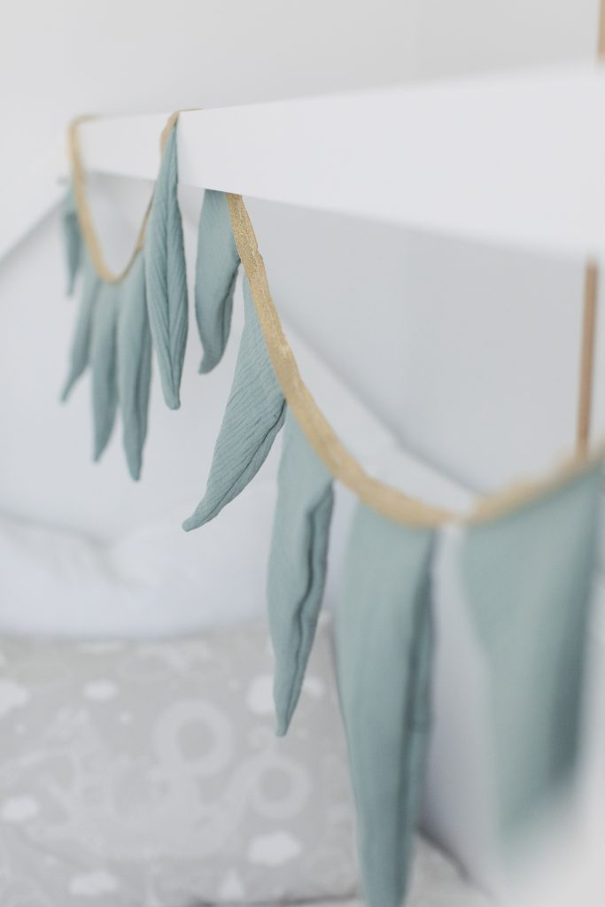 Bunting details
