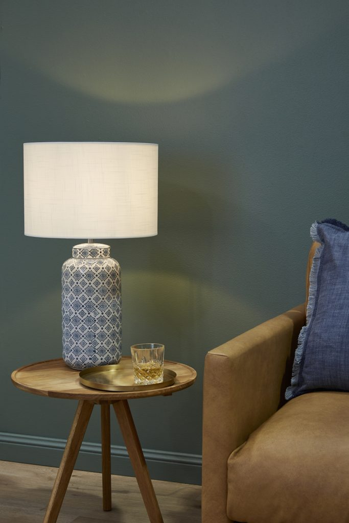 Ceramic table lamp_Temple and Webster