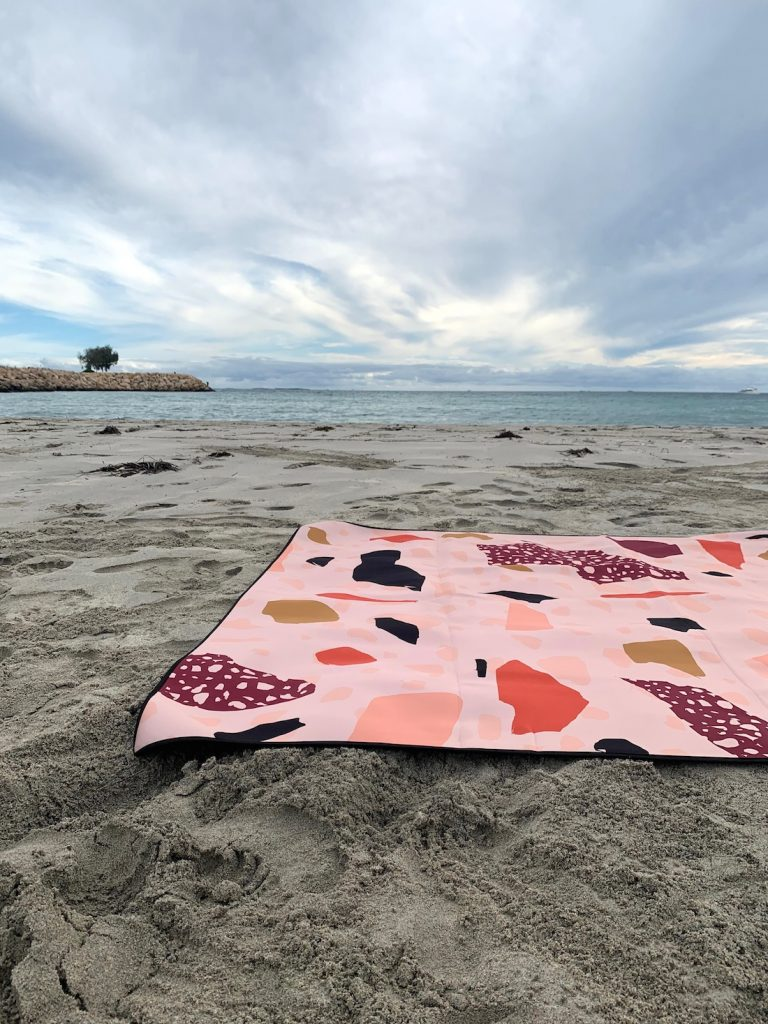 Ninon Designs_terrazzosand free beach mat