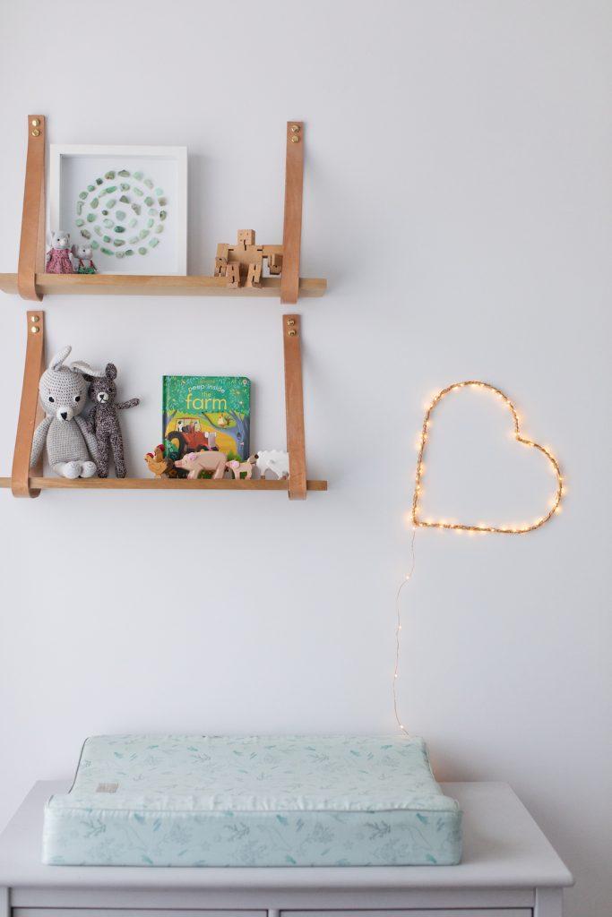 Styled DIY heart light light