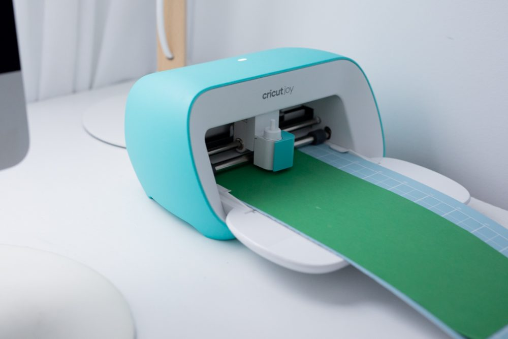 Use Cricut to cut shape