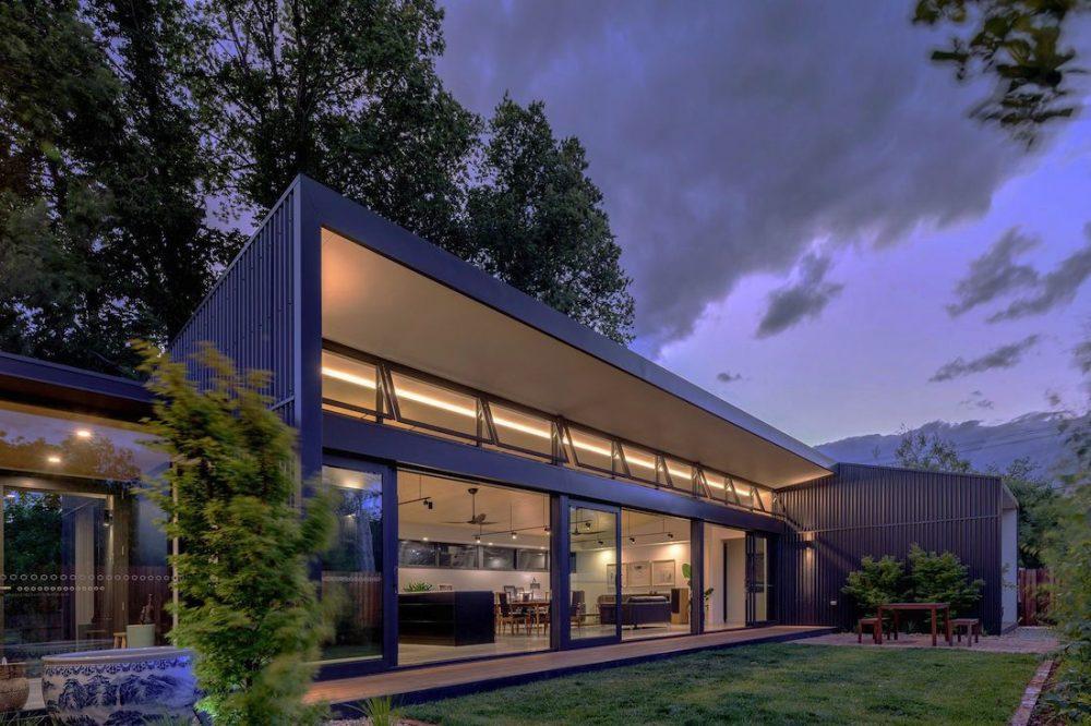 Ben Walker_Elm Grove House_exterior at night