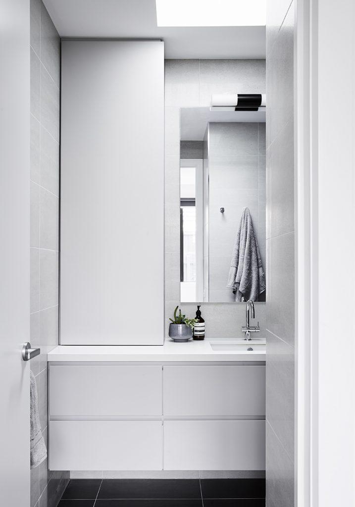 Brodecky_bathroom