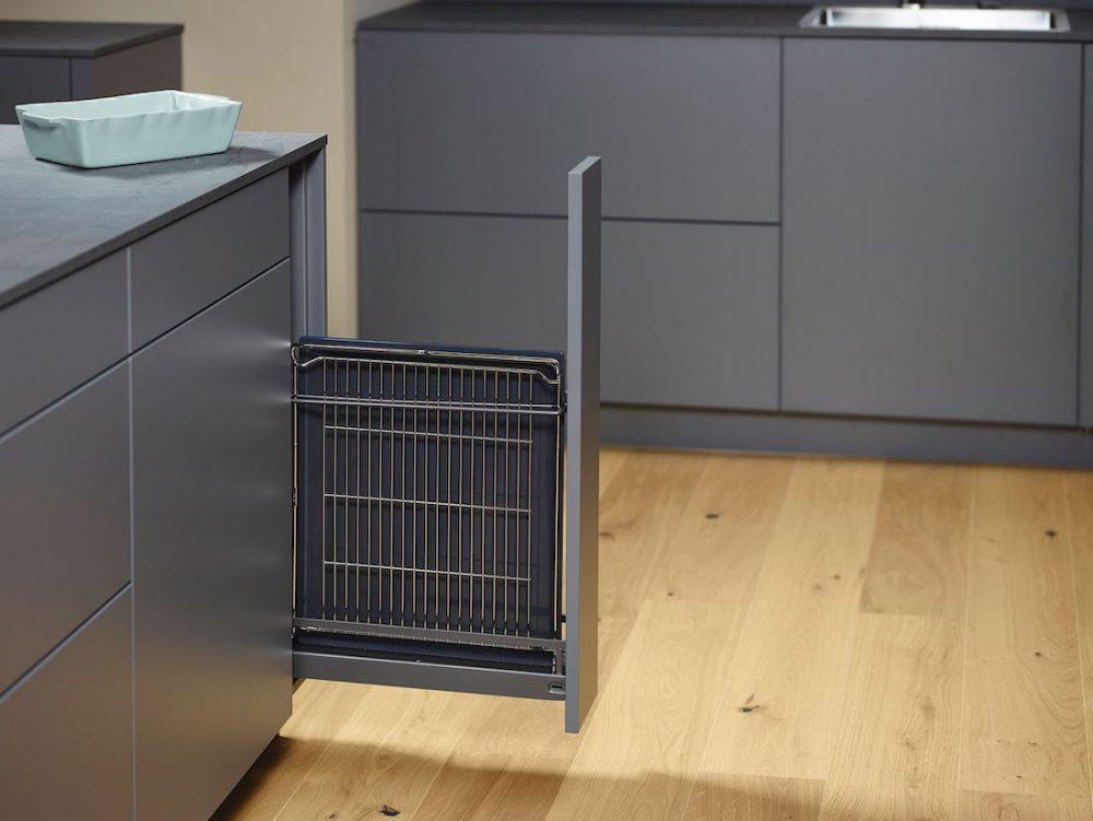 Tray kitchen drawer organising