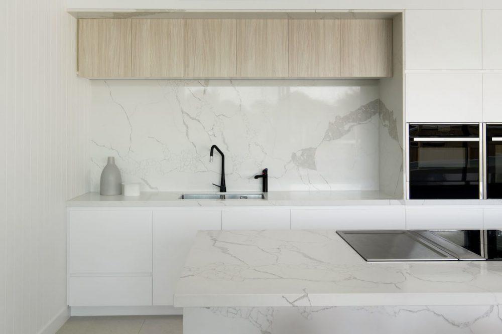 Warraweena_PitchArchitecture_kitchen