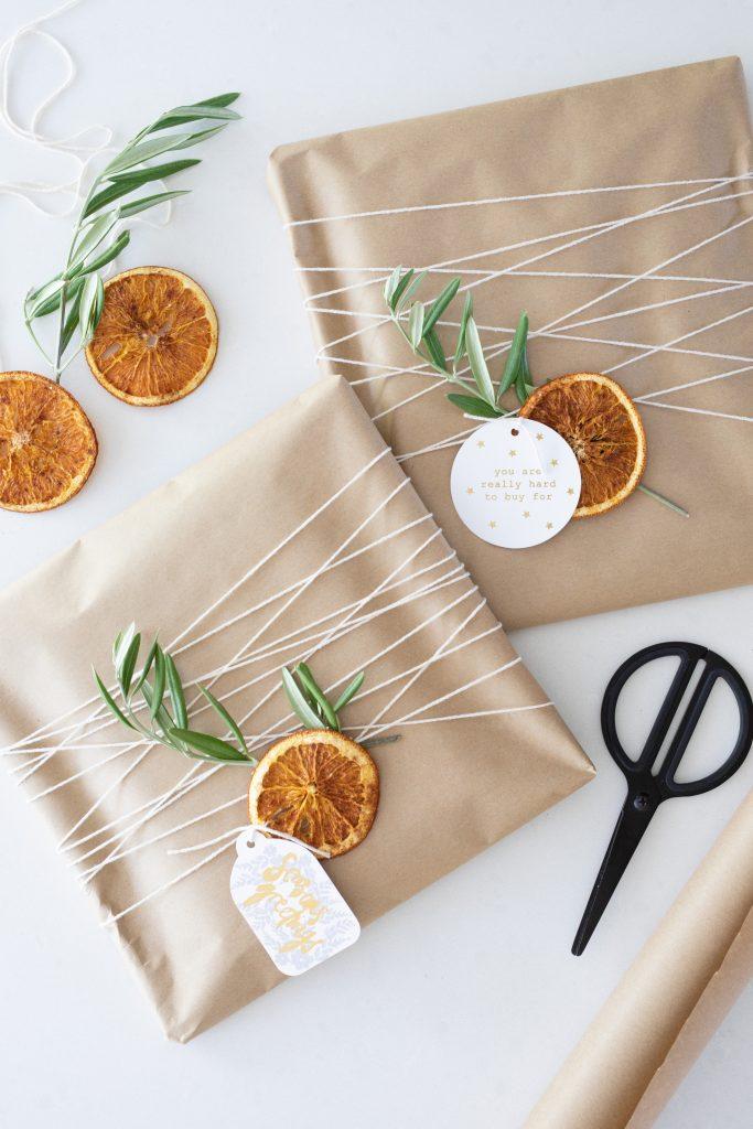 DIY dried orange slices