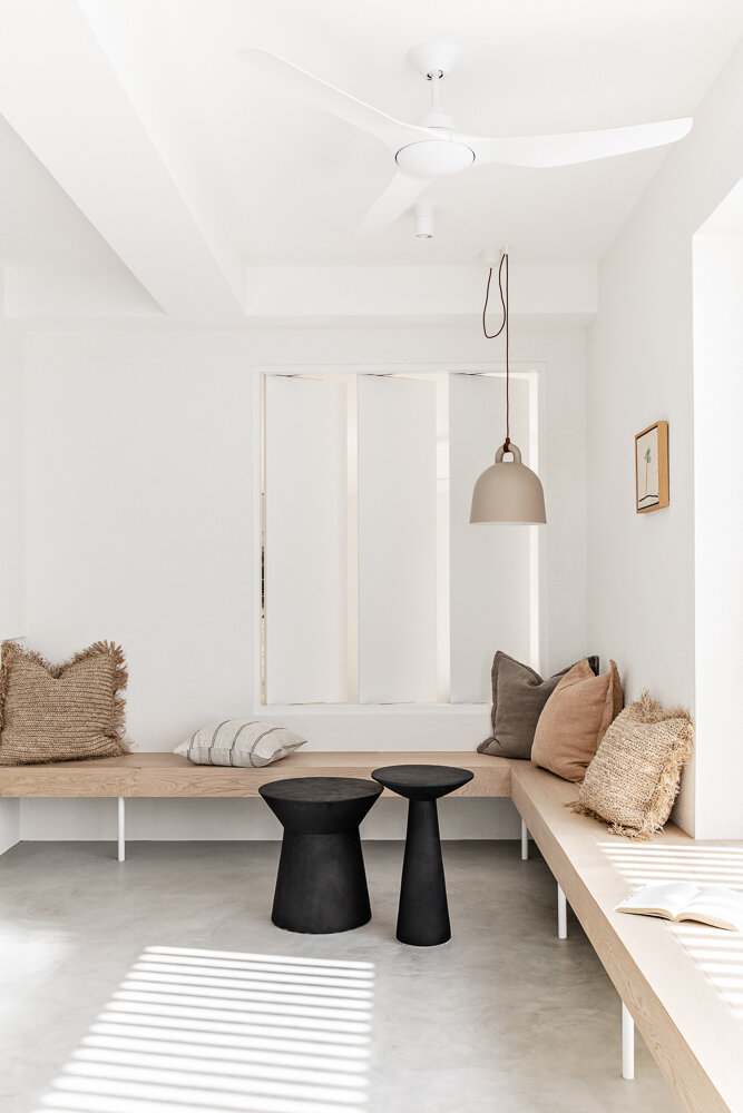Noa by the beach_seating
