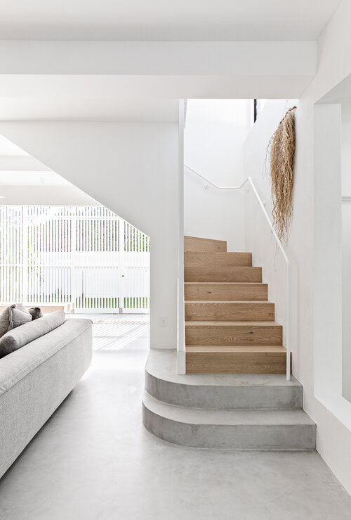 Noa by the beach_staircase