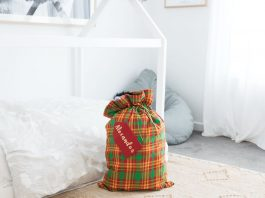 Santa sack feature