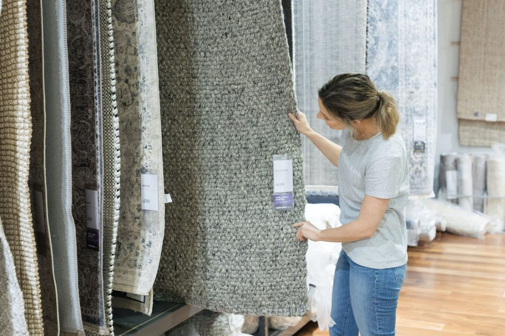 Shopping for rugs how to select the right rug