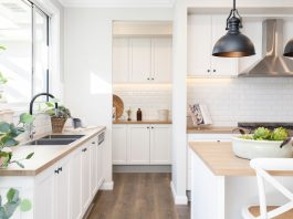 White Hamptons style kitchen with butlers pantry
