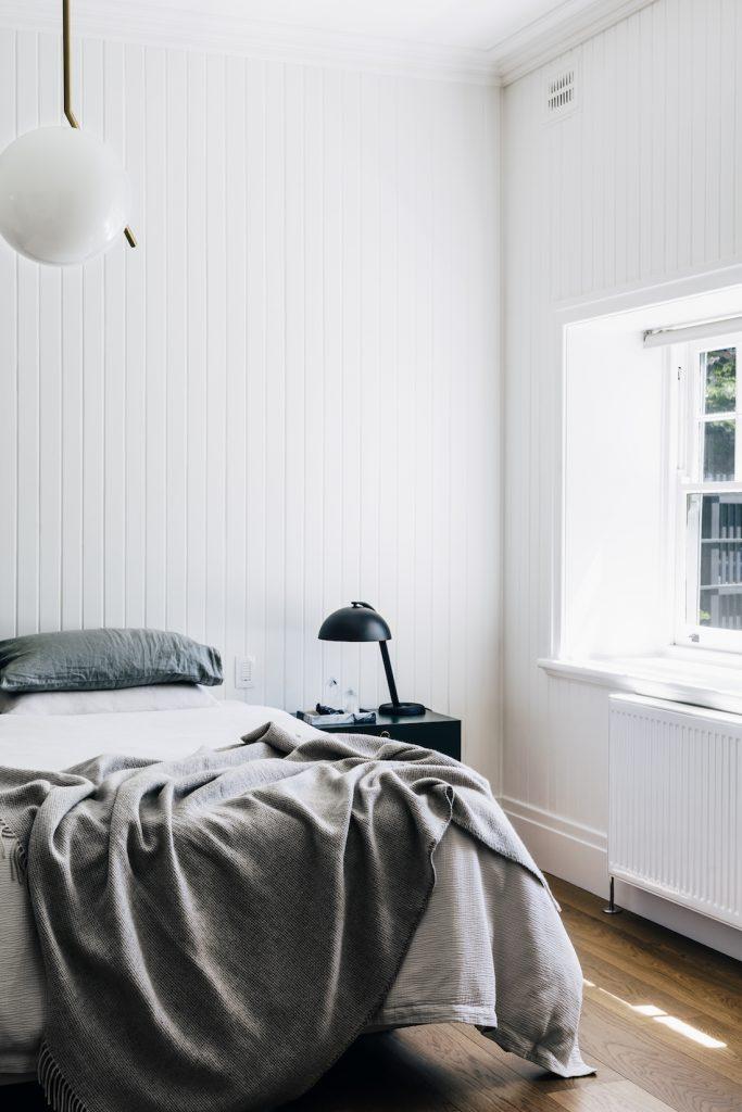 Basit tarz yatak odası