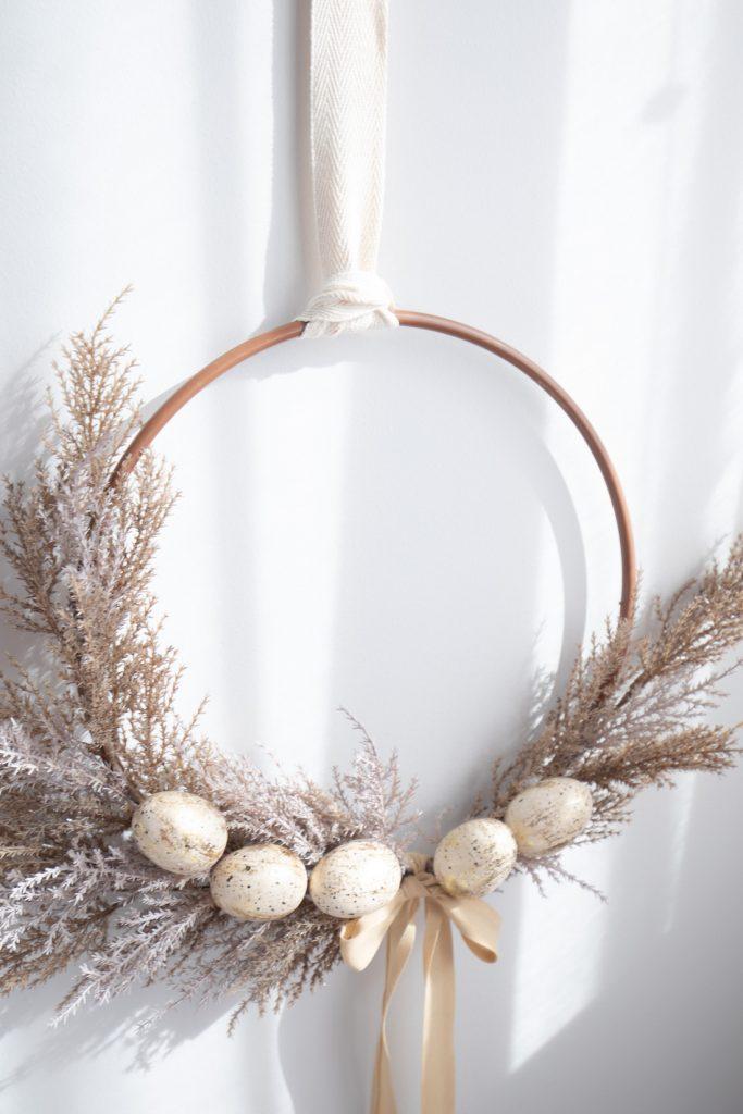 Easy and elegant Easter wreath